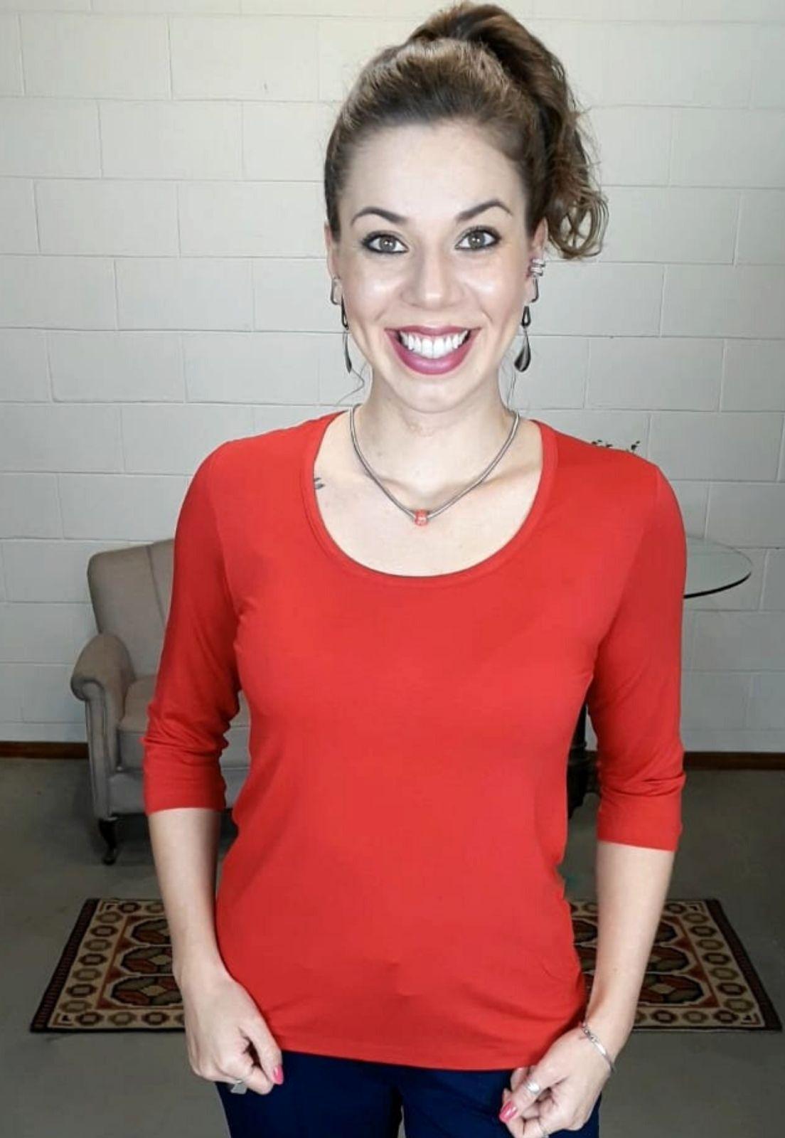 Blusa Bea Abdalla Básica Decote U Vermelha